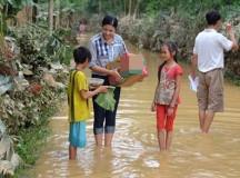 Hoa hậu Việt đồng lòng hướng về miền Trung bão lũ