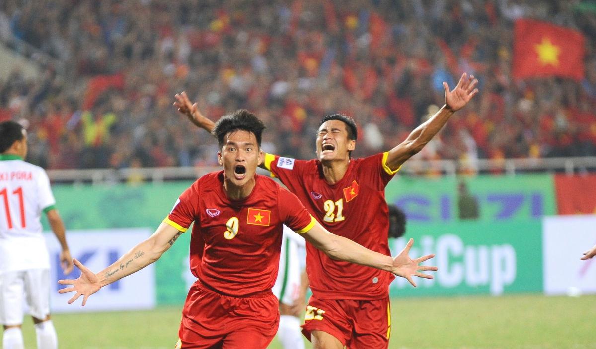 """Tuyển Việt Nam tung chiêu, """"gạt"""" Công Vinh khỏi AFF Cup"""