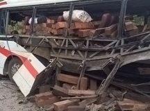 Khởi kiện chủ xe trong vụ nổ 11 người thương vong tại Lào